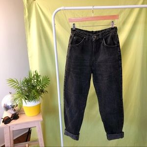LEVIS 816's HIGH RISE MOM JEANS